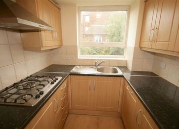 Thumbnail 5 bed terraced house to rent in Windsor Close, Finchley
