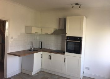 Oxford Road, Ilford IG1. 3 bed flat