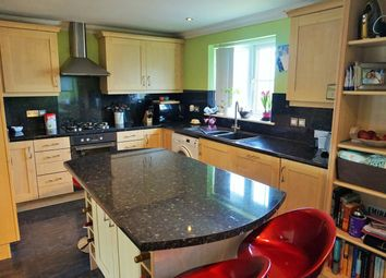 Thumbnail 2 bedroom flat for sale in Deanfield Close, Hamble