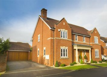 Thumbnail 5 bed detached house to rent in Grenadier Close, Shinfield, Reading