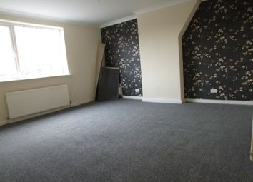 Thumbnail 1 bed flat to rent in Church Street, Woodley