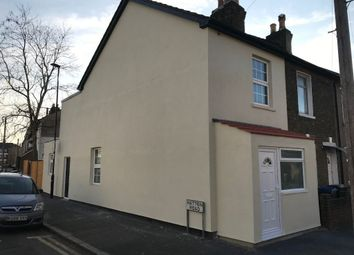 Thumbnail 3 bed flat to rent in Addington Road, Croydon