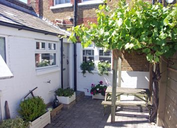3 bed end terrace house to rent in Island Wall, Whitstable CT5