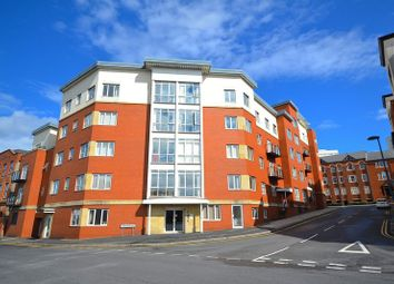 Thumbnail 3 bed flat to rent in Qube 2, Townsend Way, City Centre, Birmingham