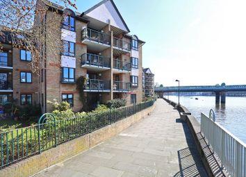 Thumbnail 4 bed flat for sale in Carrara Wharf, Ranelagh Gardens, Fulham