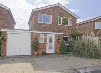 Thumbnail 3 bedroom property for sale in Robin Mead, Welwyn Garden City