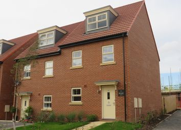 3 bed town house for sale in Turnberry Avenue, Ackworth, Pontefract WF7