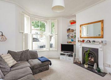 Nansen Road, Clapham SW11. 1 bed flat