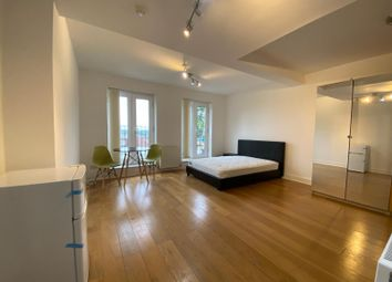 Thumbnail Room to rent in Hay Lane, Colindale