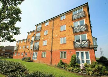 Thumbnail 1 bed flat to rent in Dunlop Close, Dartford