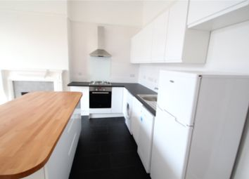 Thumbnail 1 bed flat to rent in Alexandra Grove, North Finchley, London