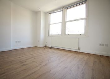 Thumbnail 1 bed flat to rent in Grove Crescent, Kingston Upon Thames