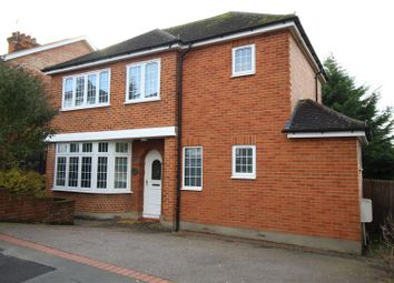 Thumbnail 3 bedroom detached house to rent in Meadow Road, Berkhamsted