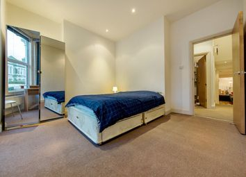 Thumbnail 2 bedroom flat to rent in Abbeville Road, Clapham, London