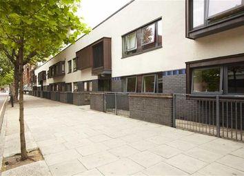 Thumbnail 1 bed flat to rent in Waterloo Road, Waterloo