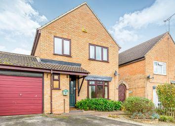 Thumbnail 3 bed detached house for sale in Middlefield Close, Buckingham