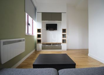 Thumbnail 1 bed flat to rent in Q One Residence, Wade Lane, Leeds