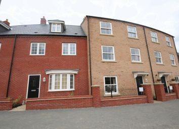 Thumbnail 3 bed town house to rent in Needlepin Way, Windsor Park, Buckingham