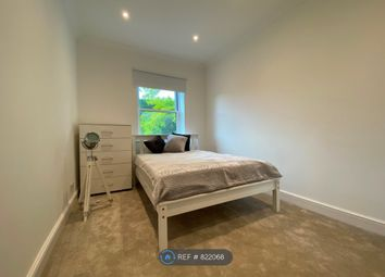 2 bed terraced house to rent in Penywern, London SW5