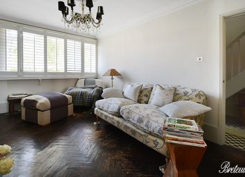 Thumbnail 3 bed flat for sale in Watford Close, London