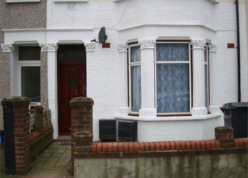 Thumbnail 3 bed flat to rent in Wilberforce Road, London