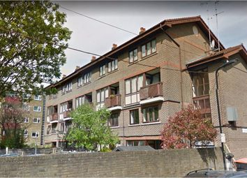 3 bed maisonette to rent in Purcell Street, Hoxton, London N1