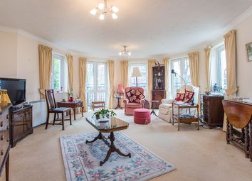 Thumbnail 2 bed flat for sale in Queens Road, Belmont, Sutton