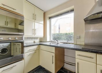 Thumbnail 1 bedroom flat for sale in Grimsby Grove, Docklands