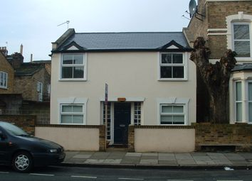 Thumbnail 3 bed cottage to rent in Bayston Road, Stoke Newington / Rectory Road
