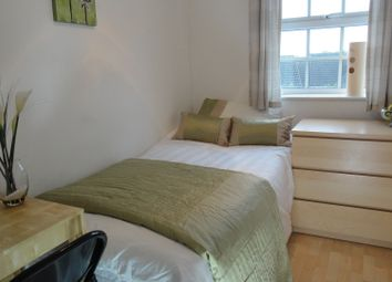 Thumbnail Room to rent in Coton Park Drive, Rugby