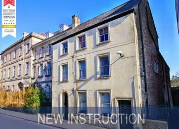 Thumbnail 1 bed flat to rent in Dollar Street, Cirencester