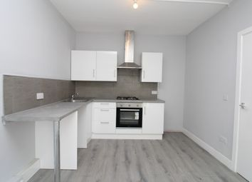 Thumbnail 2 bed flat to rent in Bellegrove Road, Welling
