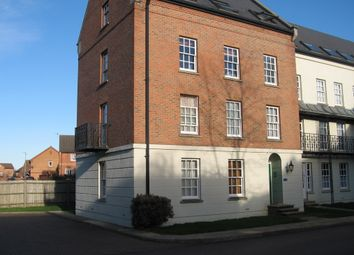 Thumbnail 1 bed flat to rent in Victoria Place, Banbury