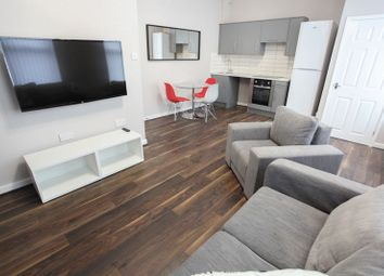 Thumbnail 2 bedroom flat to rent in Fell Street, Liverpool