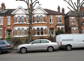 Thumbnail Room to rent in Granville Gardens, Ealing