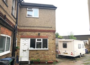 1 bed maisonette to rent in Hagden Lane, Watford WD18