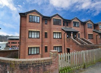 1 bed property to rent in Garlands Road, Redhill RH1