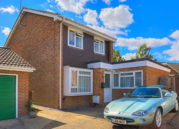 Thumbnail 3 bed flat to rent in Kingsmead, St.Albans