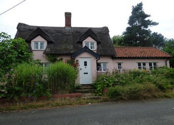 Thumbnail 2 bed cottage to rent in High Street, Rattlesden, Bury St. Edmunds