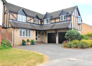 Thumbnail 5 bedroom detached house to rent in Fullerton Way, Tadley, Hampshire