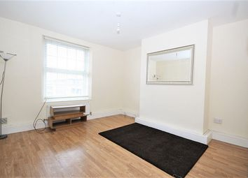 Thumbnail 3 bed flat to rent in Shadwell Gardens, Shadwell