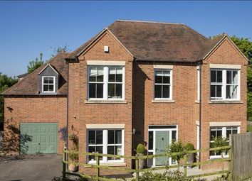 Thumbnail 5 bed detached house for sale in Gladstone Lane, Thatcham, Berkshire
