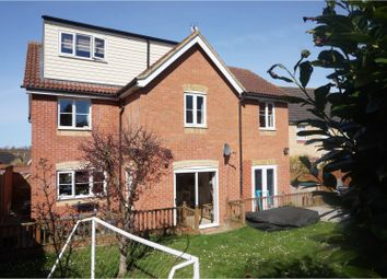 Thumbnail 5 bed detached house for sale in Sheene Grove, Braintree