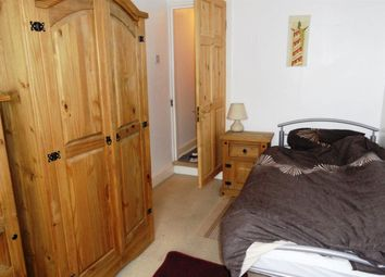 Thumbnail Room to rent in South Parade, Peterborough