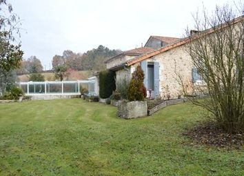 Thumbnail 4 bed property for sale in Gardes-Le-Pontaroux, Charente, France