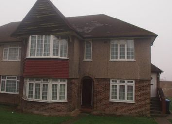 Thumbnail 2 bed flat to rent in Oakwood Close, Southgate