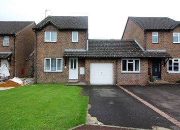 Thumbnail 3 bed detached house for sale in Rushmoor Gardens, Calcot, Reading, Berkshire