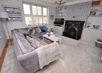 Thumbnail 2 bed flat for sale in Highgate, Cleethorpes