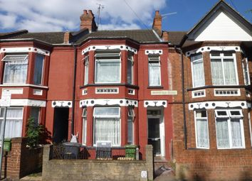Thumbnail 4 bedroom property to rent in Avondale Road, Luton, Bedfordshire