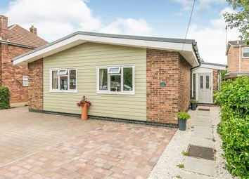 London Road, Stanway, Colchester CO3. 3 bed detached bungalow